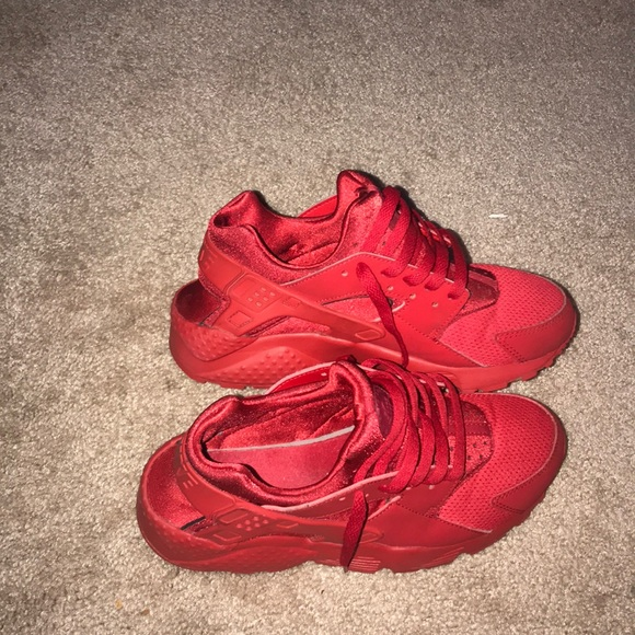 Nike Other - Size 6 huaraches